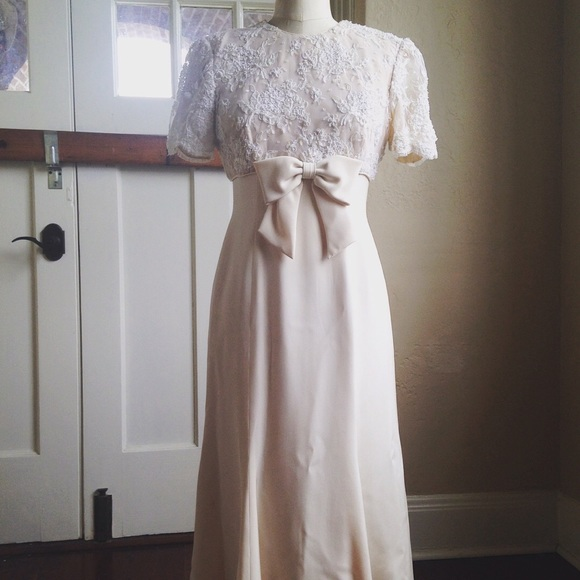 Vintage Satin and Sequin Babydoll Wedding Dress 6 from Beth\'s ...